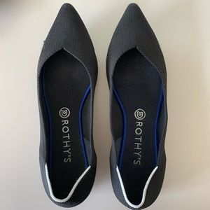 Rothy's black solid point flats 10